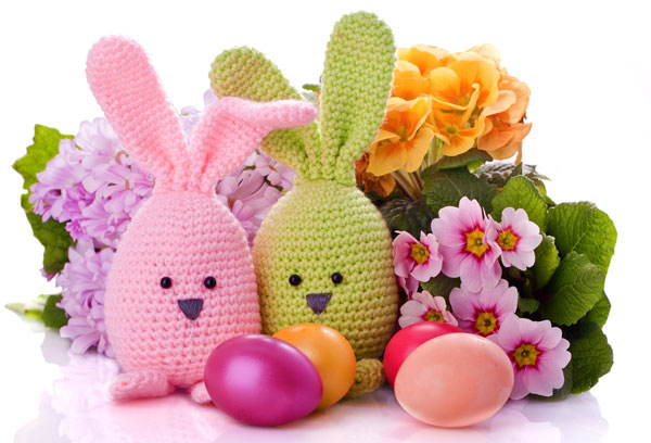 easter-bunny-with-colorful-flowers-and-easter-eggs