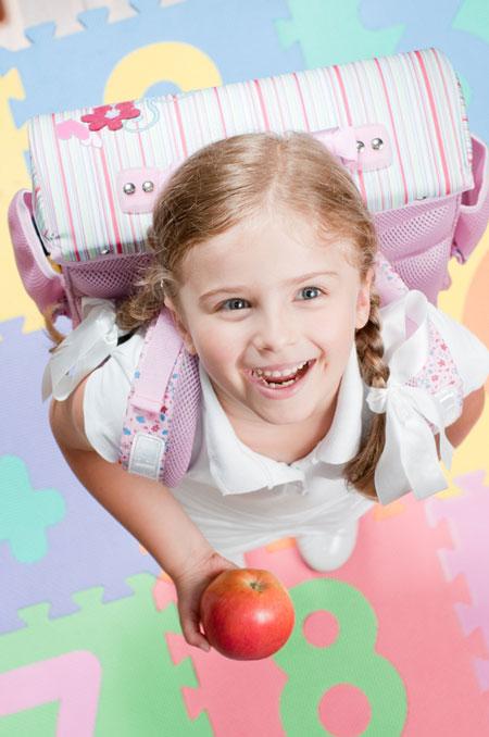 preschooler-with-schoolbag