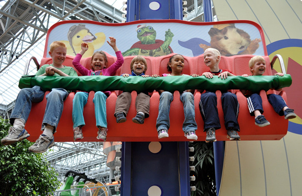 Preparing Your Child for a Trip to a Theme Park